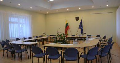 Siūloma savivaldoje įvesti opozicijos lyderio pareigas