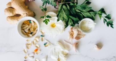 Maisto papildai – naudinga ar žalinga?